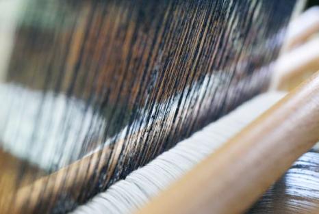 lori-ono-yukitsumugi-weaving-japan-craftsmanship-loom-lorionophotography
